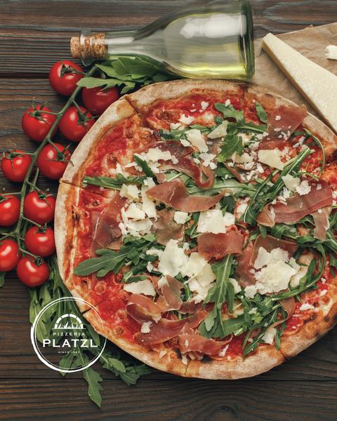 Köstliche Pizza ©Viktoriia Sapata (Behance)