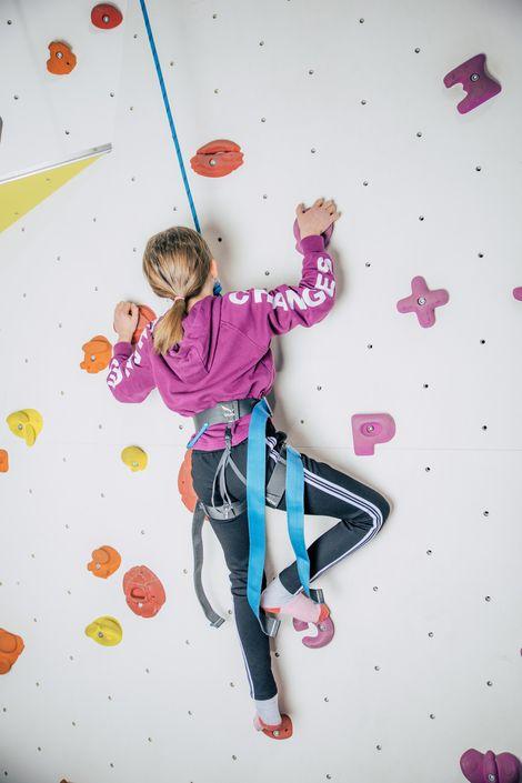 Hoch hinaus - Kletterwand ©Playarena Tux